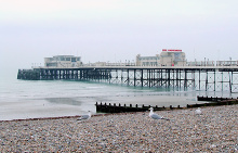 Worthing Pier, Sussex © Roger Kidd